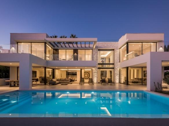 Property by night 2