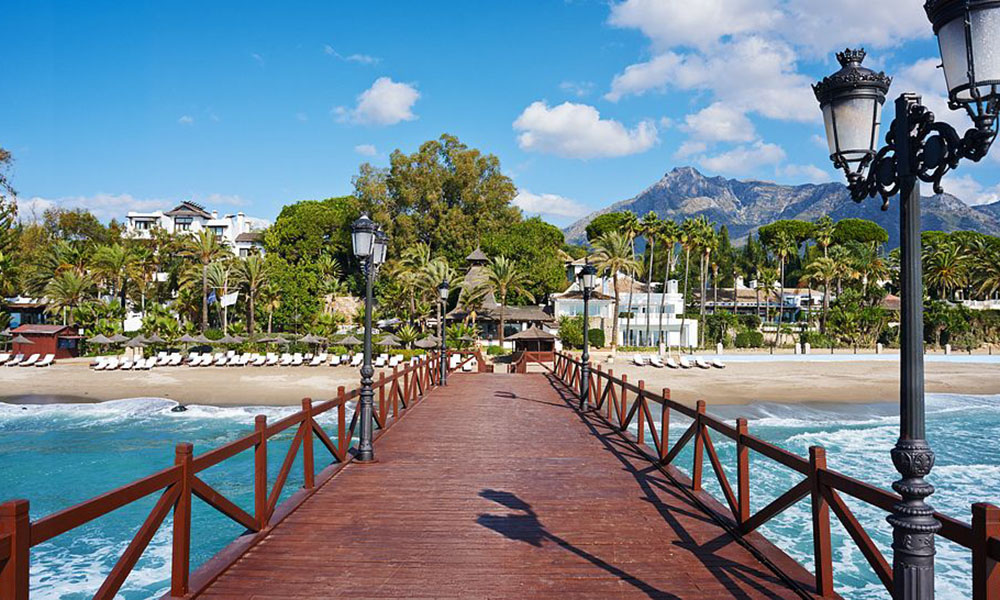 Marbella Viewings - The Golden Mile