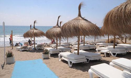 Beach Clubs Bono Beach